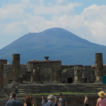 Sicht von Pompeji auf den Vesuv in Italien