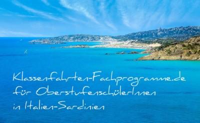 Schöne Küste der italienischen Mittelmeerinsel Sardinien