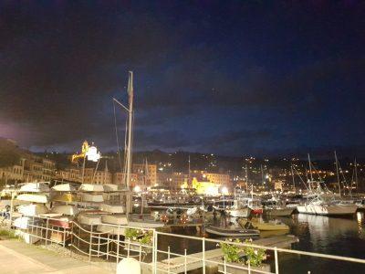Jachthafen im Mittelmeer